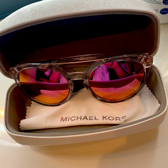 New Michael Kors sunglasses clear in pink Polaroid